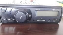 Rádio bem novinho