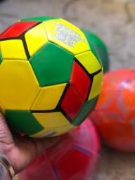 Bolas de futebol para as crianças
