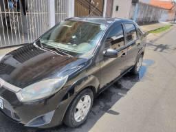 Fiesta sedan 1.0. 2010/2011