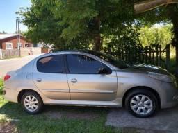 Carro Pegeout Completo 2011