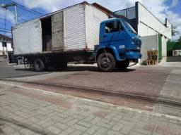 Caminhão VW 11.140 - Baú - Toco