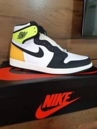 "Air Jordan 1 Retro High OG ""Volt Gold"" 46 Original"