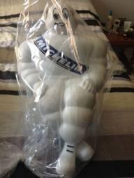 Vendo boneco Michelin pneus original novo sem uso