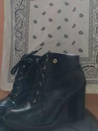 Bota sapatinho de luxo (usada)