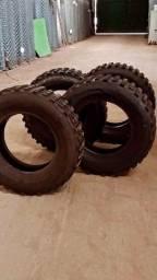 Vendo 4 pneus Cross 205/70 R15