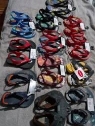Sandálias tamanho 17,18,19 e 25