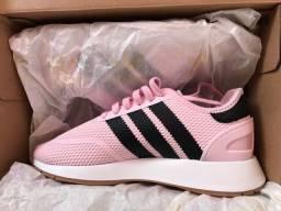 Tênis Adidas rosa n.35
