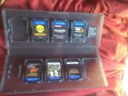 Vendo 8 jogos psvita + cartão 4gb+case