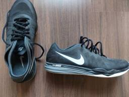 Tênis Nike Dual fusion 38