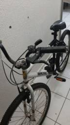 Bicicleta adulto semi nova sem defeitos
