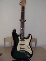 Guitara Gianinni Strato Modelo Phelpa
