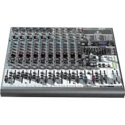 Mesa De Som Behringer Xenyx 1832fx com dispositivo de áudio USB! Na caixa!