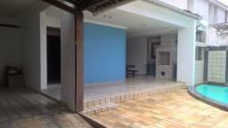 Casa de 256,50m² no bairro do Farol