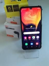 Samsung A50 64gb com CARREGADOR E FONE
