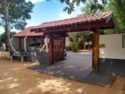 Casa de Campo/Estilo Colonial em Palmeiras