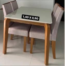 Mesa com 4 cadeiras vidro off white