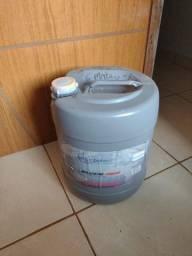 Material para impermeabilização de estofados