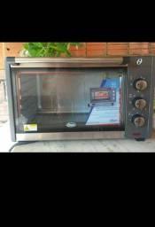 Vendo forno novo nunca usado , só aberto pra conferir