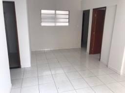 Alugo apartamento próximo a unimontes. Com desconto de R$ 200,00 nos primeiros 6 meses.