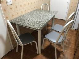 Mesa Jantar Tampo Granito com 4 cadeiras