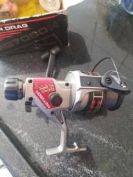 Molinete Daiwa Mg7050h + Kit Pescaria Completo