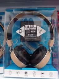 Fone de Ouvido Bluetooth Sem Fio com Visor MP3 Radio FM<br><br>