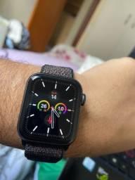 Apple Watch 4 - 40mm