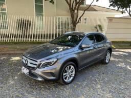 Mercedes Benz GLA 200 ADVANCE