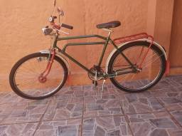 Bicicleta antiga linda