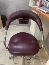 Cadeira de salao apenas 500