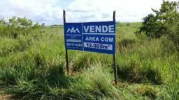 Terreno med. 12.000m², excelente para chácara, na margem da rodovia estadual interligando