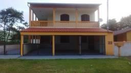 2 Casas para Temporada na Praia da Barra do Saí em Itapoá - SC