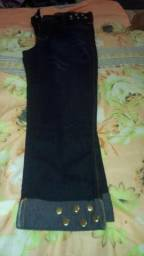 Vendo lindas calcas tamanho p.m.g shorts saias blusas