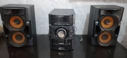 Mini System Sony Genezi MHC-EX8 c/ MP3, Entrada USB e Ripping - 300 W<br><br>