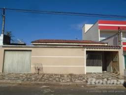Casa à venda, 3 quartos, 2 vagas, Custódio Pereira - Uberlândia/MG