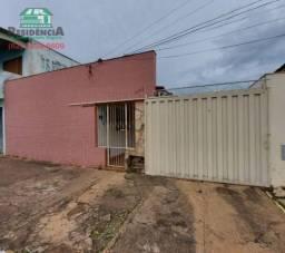 Casa com 3 dormitórios para alugar por R$ 1.100/mês - Setor Central - Anápolis/GO