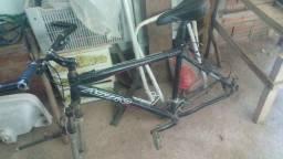 Bike Astro, aro 26, quadro 21, Tudo Alivio