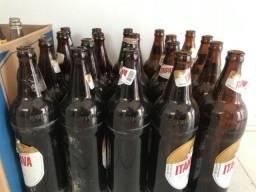 Vendo garrafas de cerveja litrão