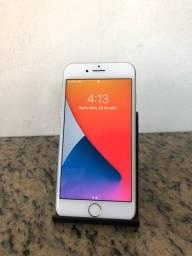 iPhone 8 / 64GB / Silver