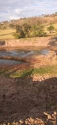 Área de 28 hectares. Boa de água. Jaraguari. Sem Benfeitorias