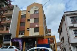 Apartamento para alugar em Santa Maria com 01 Dormitório térreo elevado na rua André Marqu