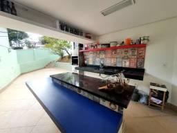 Casa 4 quartos em Santa Lúcia - Belo Horizonte