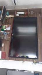 Vendo TV 42 polegadas NÃO É  SMART