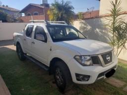 Vendo Nissan Frontier 2013