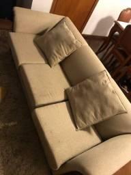 Sofá muito conservado