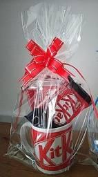 kit chocolate + xícara Personalizada kit-kat ou Bis c/3unid.de chocolate