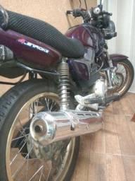 Moto 125 partida freio a disco