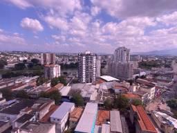 Apartamento com vista ampla da cidade