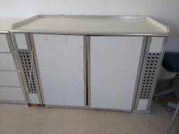 Bancada gabinete para compressor odontológico.