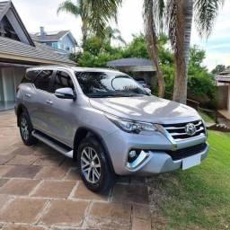 Toyota Hilux SW4 SRX *Ano 2017* *5 lugares* *Placa i